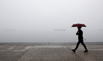Καιρός: Νεφώσεις και τοπικές βροχές τη Μεγάλη Τρίτη (14/4)