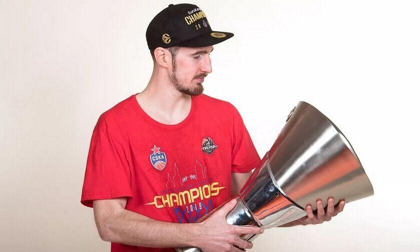 O Nτε Κολό στην ομάδα της δεκαετίας στην EuroLeague