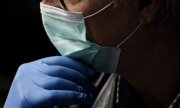 Κορονοϊός - Έρευνα: Ο ιός μεταδίδεται ως και τρεις μέρες πριν από τα συμπτώματα
