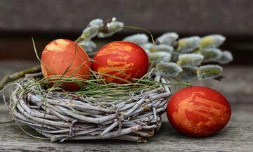 Μεγάλη Πέμπτη: Γιατί σήμερα βάφουμε κόκκινα αβγά