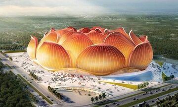 Κίνα: Εικόνες από το μεγαλύτερο γήπεδο ποδοσφαίρου στον κόσμο με σχήμα... λωτού! (pics, vid)