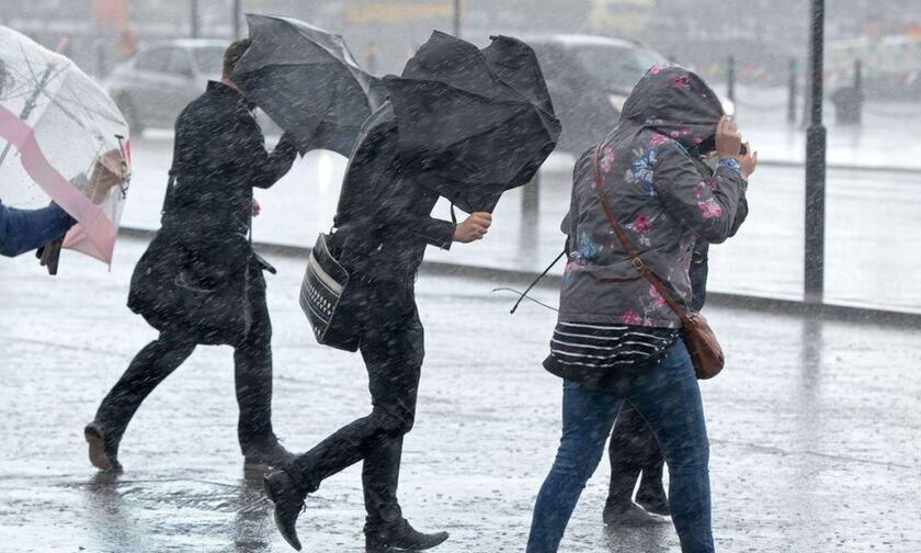 Καιρός με θερμοκρασία σε χαμηλά επίπεδα - Βροχές και ισχυροί άνεμοι - Πού θα έχουμε χιονοπτώσεις