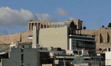 «Κατεβαίνει» το δεκαώροφο ξενοδοχείο που... έκρυβε την Ακρόπολη