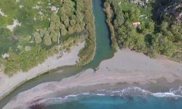 Φως στην Ελλάδα: Η παραλία στην Ελλάδα που μοιάζει με αφρικανική όαση