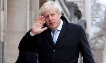 Κορονοϊός - Βρετανία: Ο πρωθυπουργός Μπόρις Τζόνσον επέστρεψε στην Ντάουνινγκ Στριτ