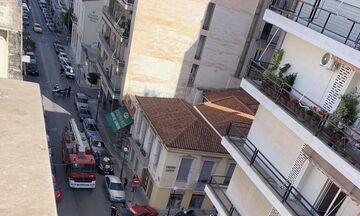 Μεγάλη φωτιά στο κέντρο του Πειραιά (pics)