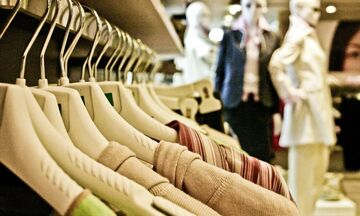 Πώς θα δοκιμάζουμε ρούχα - Οδηγίες για πελάτες - Τι μέτρα προστασίας παίρνουν τα καταστήματα