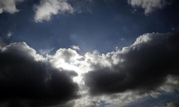 Έκτακτο δελτίο καιρού: Ισχυρές βροχές και καταιγίδες το απόγευμα του Σαββάτου (2/5)