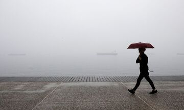 Καιρός: Πού θα έχουμε βροχές και καταιγίδες - Θερμοκρασία σε πτώση