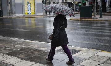 Καιρός: Βροχές, καταιγίδες και θερμοκρασία σε πτώση - Έκτακτο Δελτίο θυελλωδών ανέμων σε ισχύ