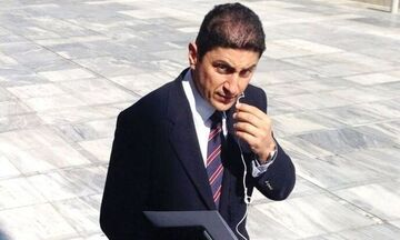 Ο Αυγενάκης «σβήνει τη φωτιά» που άναψε ο διάλογός του με οπαδό του Άρη στο facebook (pic)