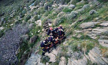 Λουτράκι: Bρέθηκαν τέσσερα πτώματα μέσα σε σπήλαιο! (vid)