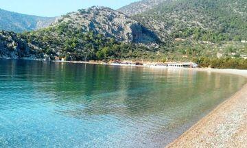 Φως στην Ελλάδα: Μεγάλες παραλίες της Αττικής για να κάνετε άνετα μπάνιο