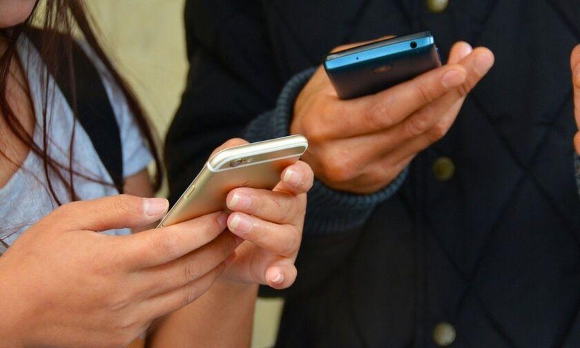 Wind, Vodafone, Cosmote και ο 4ος παίκτης - Τι αλλάζει στις τιμές στην κινητή η εξαγορά της Forthnet