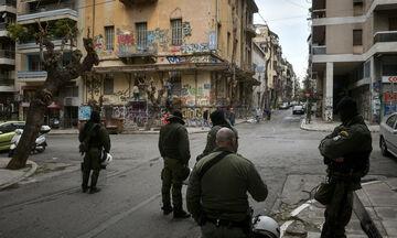 Έρευνα της Αστυνομίας για τις συμπλοκές αντιεξουσιαστών με οπαδούς της ΑΕΚ στην Κυψέλη