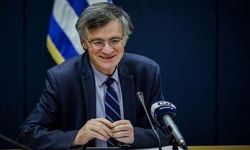 Τσιόδρας: «Έχουμε 10 νέα κρούσματα -  Χωρίς το lock down, οι θάνατοι θα ήταν περίπου 13.685» (vid)