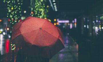 Καιρός: Βροχές, καταιγίδες και θερμοκρασία σε περαιτέρω πτώση