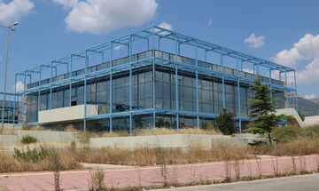 Παραχωρήθηκαν οι αθλητικές εγκαταστάσεις του Ολυμπιακού Χωριού στο Υφυπουργείο Αθλητισμού