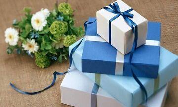 Εορτολόγιο: Γιορτάζουν σήμερα, Σάββατο 30 Μαΐου και «υπεξηρέθη η επί της Ακροπόλεως κυματίζουσα...»