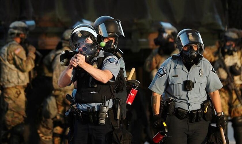 ΗΠΑ: Νέο κύμα επεισοδίων - Απαγόρευση κυκλοφορίας σε Μινεάπολη, Λος Άντζελες, Φιλαδέλφεια, Ατλάντα