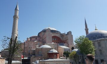 Αναβάλλεται η μετατροπή της Αγίας Σοφίας σε τζαμί λέει ο Ερντογάν!