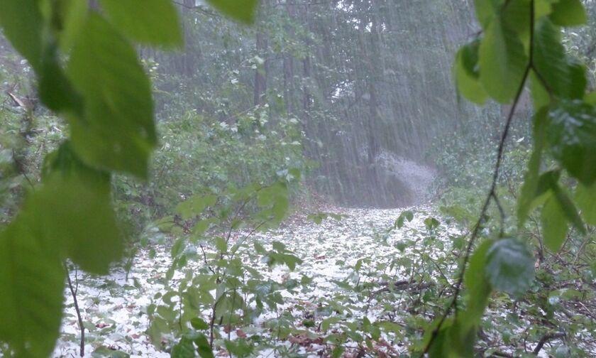 Έκτακτο Δελτίο Επιδείνωσης Καιρού: Η ΕΜΥ προειδοποιεί για καταιγίδες και χαλάζι