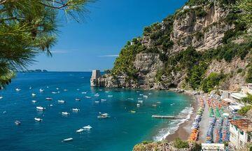 «Η Ελλάδα να δεχθεί Ιταλούς τουρίστες χωρίς περιορισμούς, αλλιώς κλείνουμε τα σύνορα»