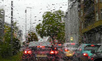 Καιρός: Βροχές και καταιγίδες κατά τόπους ισχυρές