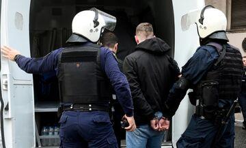 Θεσσαλονίκη: Οπαδοί έδερναν 17χρονο και τραβούσαν βίντεο - Συνελήφθησαν δύο
