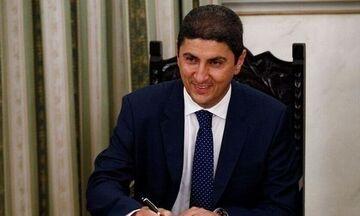 Αυγενάκης: «Ζήτησε από την  Ε.Ε να στηρίξει τον ερασιτεχνικό αθλητισμό»
