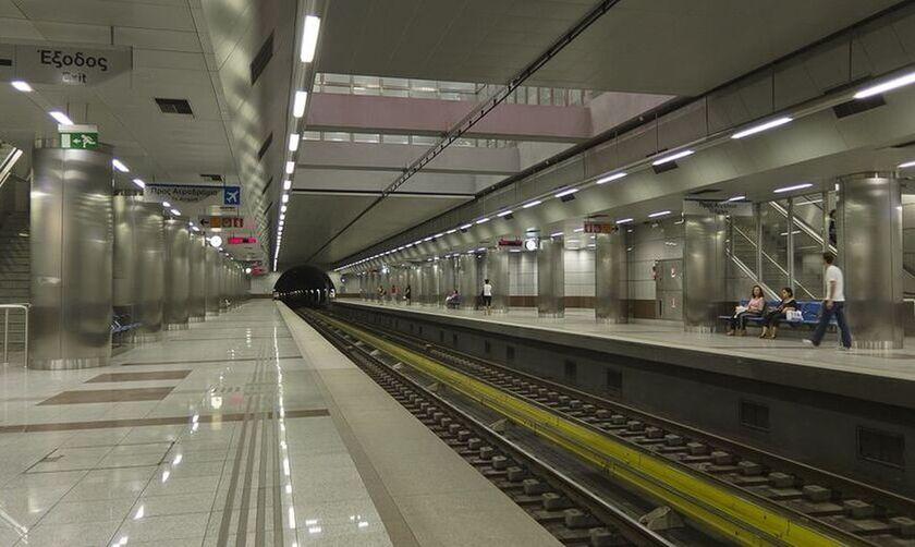 Κλείνουν 3 σταθμοί του μετρό εξαιτίας πορείας