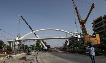 Τοποθετήθηκε η πεζογέφυρα στη Λεωφόρο Ποσειδώνος (pics)