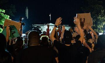 Δολοφονία Φλόιντ: Συγκέντρωση με δεκάδες χιλιάδες διαδηλωτές στη Ουάσινγκτον