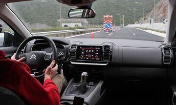 Έχετε αναρωτηθεί πως δουλεύει το τιμόνι; (vid)
