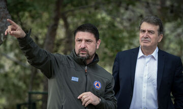 Στη Θεσσαλονίκη ο Νίκος Χαρδαλιάς - Προετοιμασία για το άνοιγμα του αεροδρομίου «Μακεδονία»