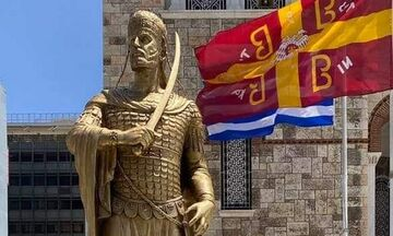 Πειραιάς: Ο «Μαρμαρωμένος Βασιλιάς» στο Λιμάνι
