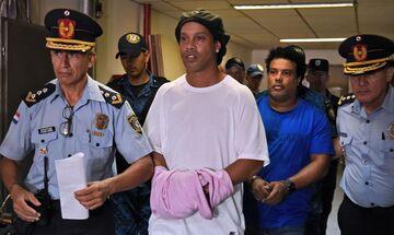 Ροναλντίνιο: «Ήταν δύσκολα στη φυλακή»