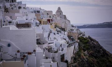 Επανεκκίνηση τουρισμού: «Ανοίγουμε και προσέχουμε»