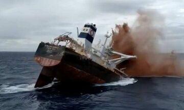 Stellar Banner: Δείτε τη βύθιση στον Ατλαντικό ενός από τα μεγαλύτερα πλοία στον κόσμο (vids)