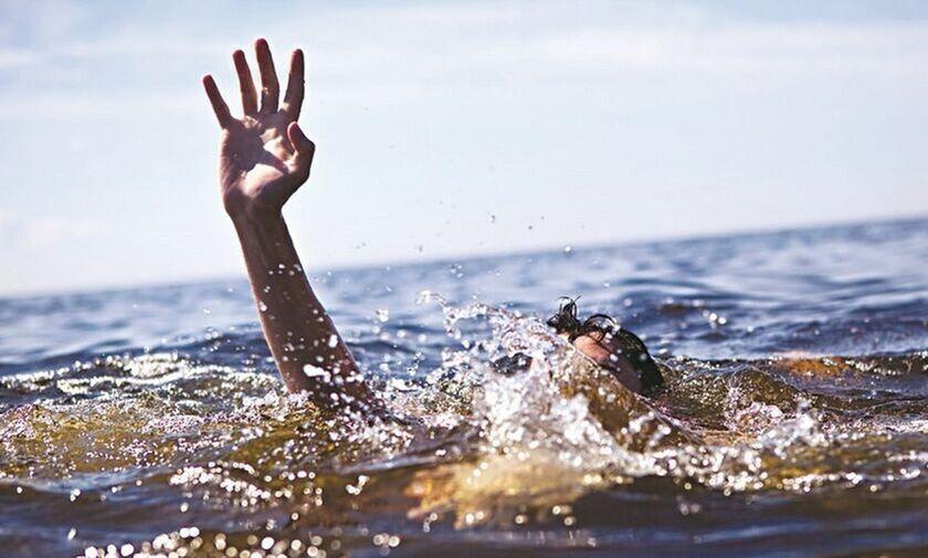 Εύβοια: Η βουτιά από βράχο στη Χιλιαδού στοίχισε το θάνατο σε 20χρονο