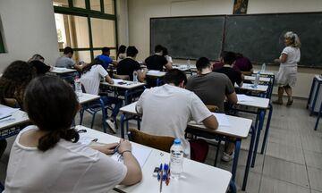 Πανελλαδικές Εξετάσεις: Αυτά είναι τα θέματα σε Νεοελληνική Γλώσσα και Λογοτεχνία