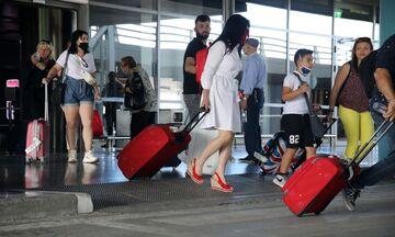 Οι αεροπορικές οδηγίες ως τις 30 Ιουνίου - Από ποιες χώρες θα υποβάλλονται όλοι σε τεστ