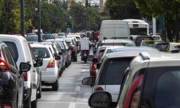 Τεράστιο μποτιλιάρισμα σε δρόμους της Αθήνας λόγω πορείας και έργων