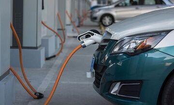 Ηλεκτρικά αυτοκίνητα: Αυτά είναι διαθέσιμα στην Ελλάδα - Πόσο κοστίζουν με ή χωρίς επιδότηση