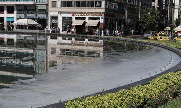 Το σιντριβάνι της πλατείας Ομονοίας γέμισε σαπουνάδες (vid & pics)