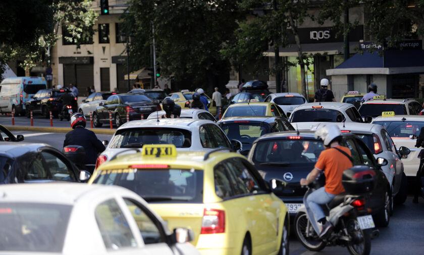 Κυκλοφοριακές ρυθμίσεις στη Λ. Αλεξάνδρας και στην Ακαδημίας λόγω εργασιών