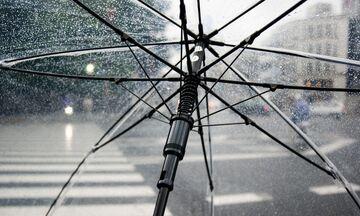 Καιρός: Άστατος με βροχές και καταιγίδες - Πτώση θερμοκρασίας