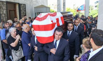 Κηδεία Αλέφαντου: Αναστόπουλος, Δομάζος, Τσουκαλάς και πολλοί άλλοι (pics)