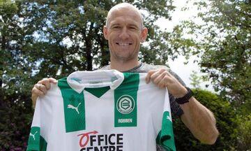 Επέστρεψε στο ποδόσφαιρο και στην Γκρόνινγκεν ο 36χρονος Ρόμπεν (vid)