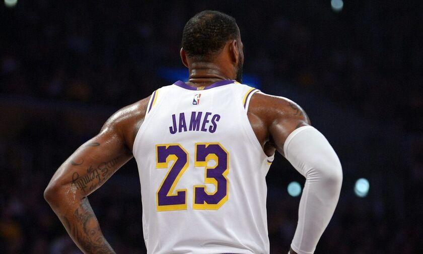 NBA: Οι παίκτες θα μπορούν να αλλάξουν το όνομα στις φανέλες τους